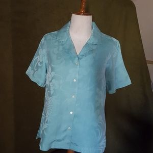 Size S 4-6 Tommy Bahama ladies blouse